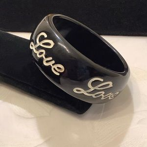 Vintage Carved Black Bakelite Bangle Bracelet